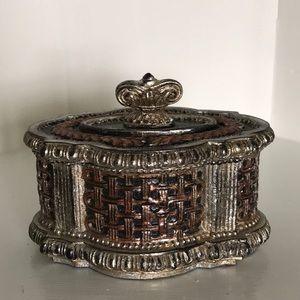 """Bronze Silver Jewelry Trinket Box NWOT 5.5"""" x 4"""""""